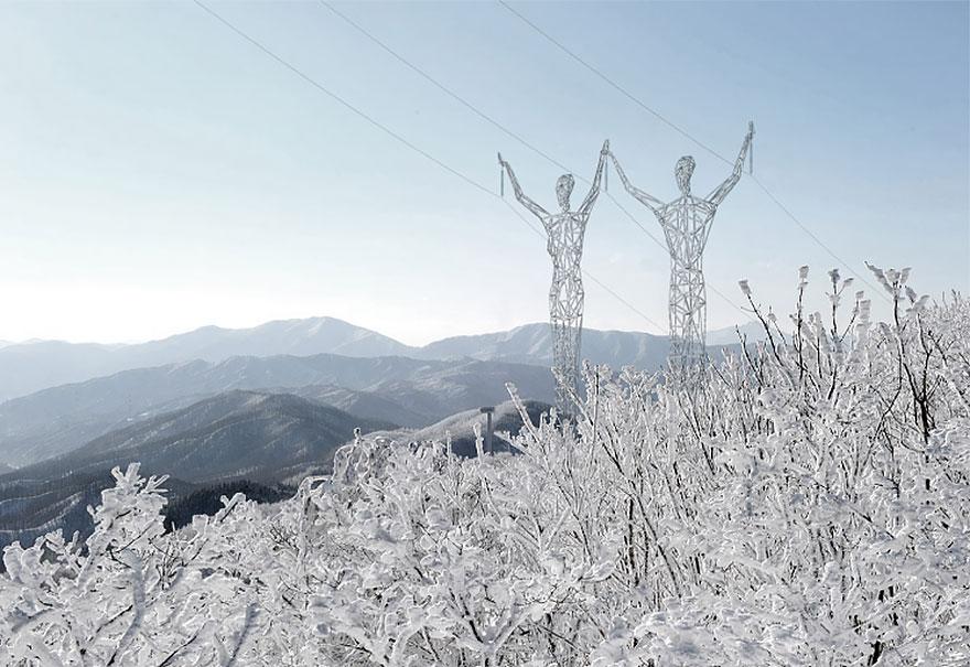 elektrostolby-v-vide-gigantov