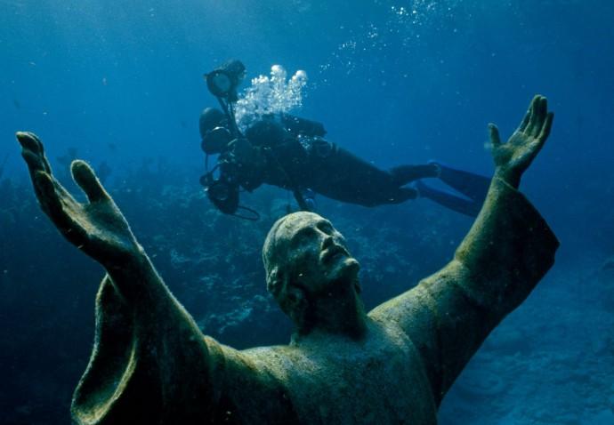 estatua-do-cristo-do-abismo-florida