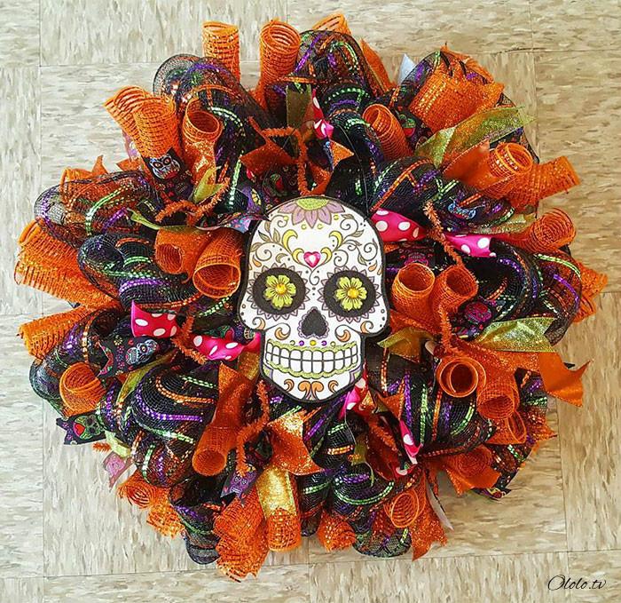 Новая мода на Хэллоуин: страшные венки для украшения дверей