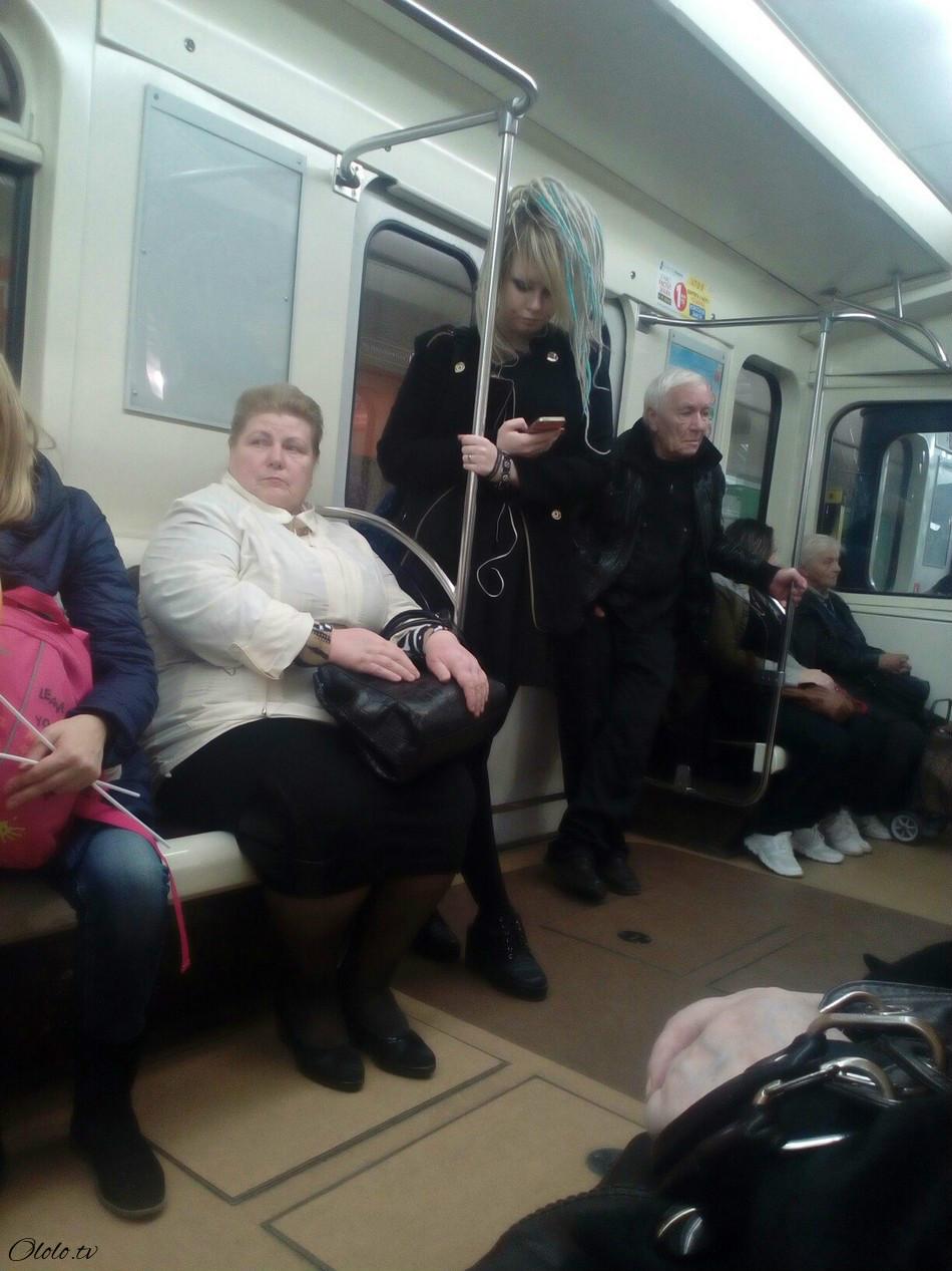 Модные люди в метро 2: осторожно, здесь может быть ваша фотография! рис 18