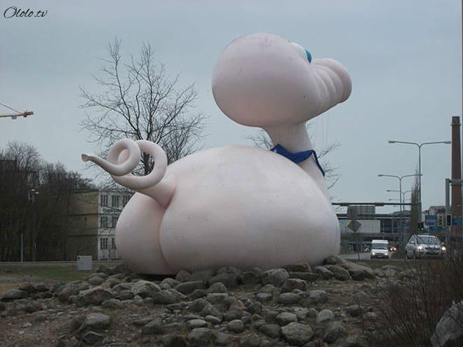 Самые уродливые статуи со всего мира рис 4