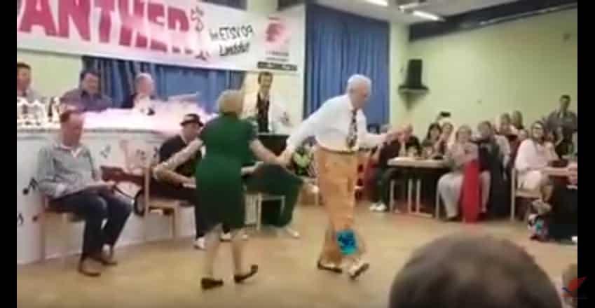 Эта пожилая пара вышла в центр зала и поразила зрителей! Видео