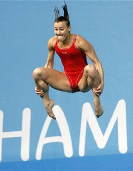 Очень смешные фото прыгунов в воду рис 2