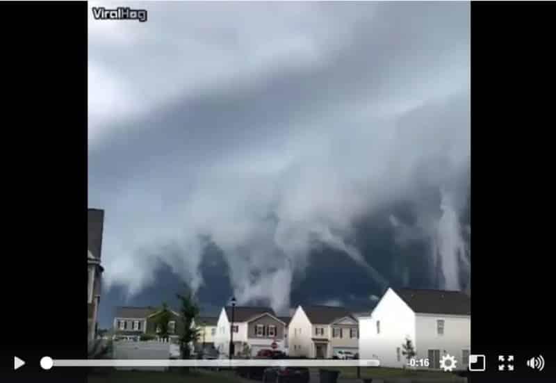 Невероятные волны в облаках! Видео