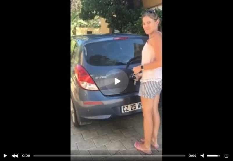Биглевый сюрприз в багажнике. Видео