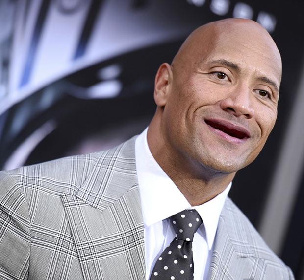 15 знаменитостей, которых взяли и лишили зубов. И это очень смешно!