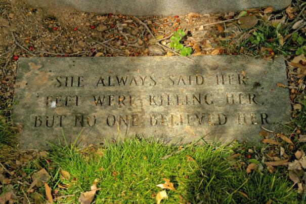 17 смешных надписей на надгробиях от людей, чье чувство юмора будет жить вечно! рис 13