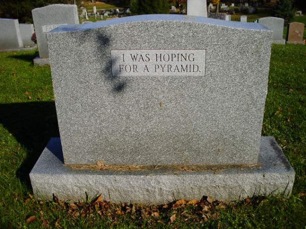 17 смешных надписей на надгробиях от людей, чье чувство юмора будет жить вечно! рис 12