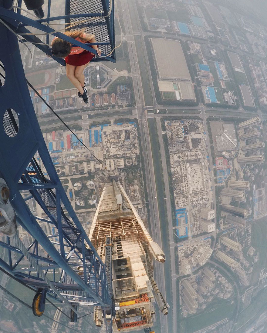 14 самых опасных селфи в мире в исполнении русского фотографа рис 3