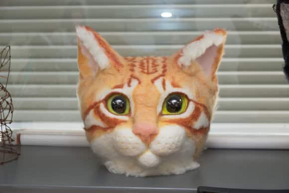 Японцы массово превращаются... в котиков!