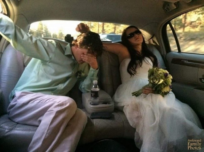 Жених рыдает в машине