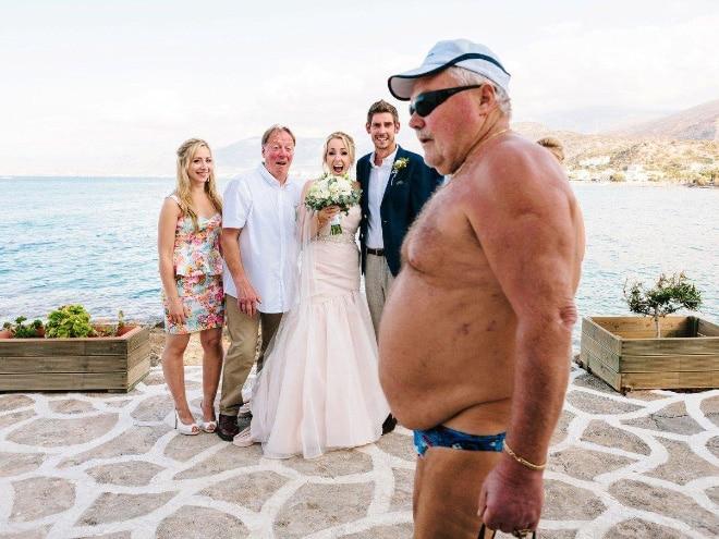 20 случайно испорченных снимков со свадьбы, ставших настоящей фотобомбой! рис 2