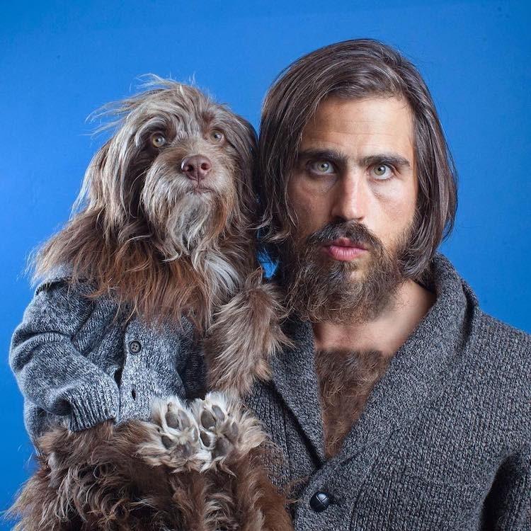 Двое из ларца: хозяин и пес одеваются в одном стиле и выглядят как близнецы!