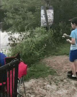 мальчик на рыбалке gif