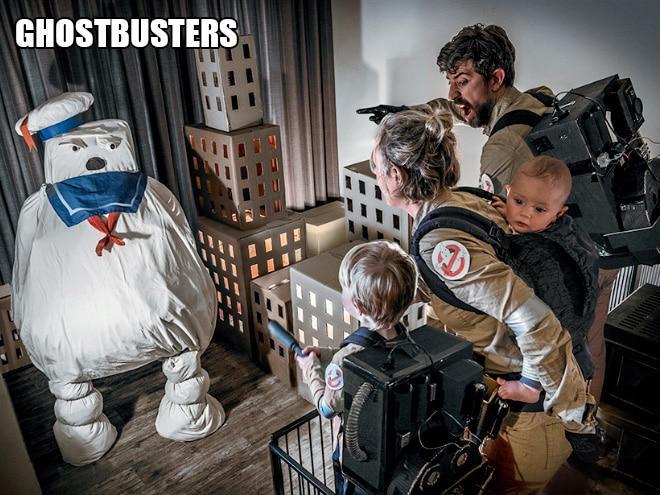 Родители воссоздают сцены из культовых фильмов с участием их сына! 7