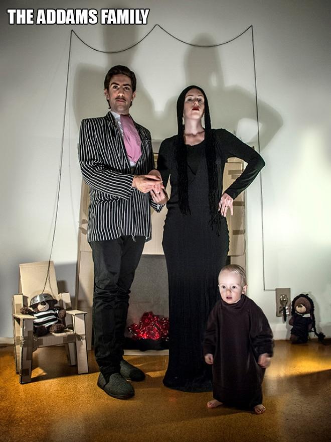 Родители воссоздают сцены из культовых фильмов с участием их сына! 5