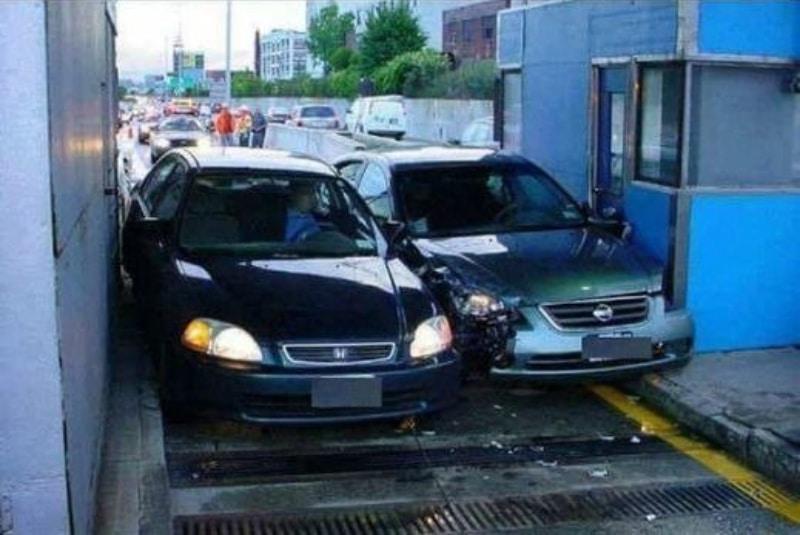 Столкнулись машины