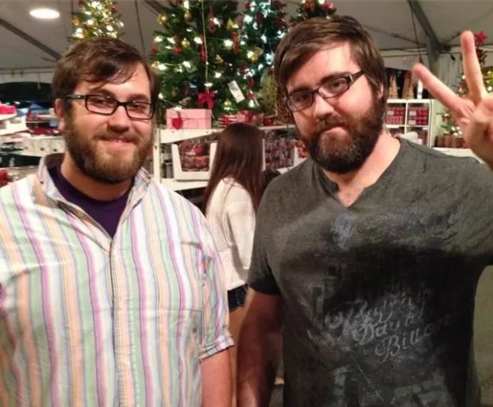 бородатые мужчины в очках