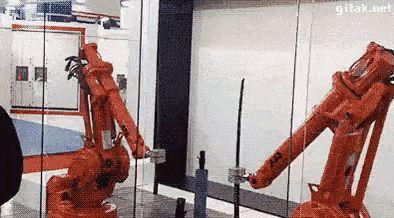 робот фехтовальщик
