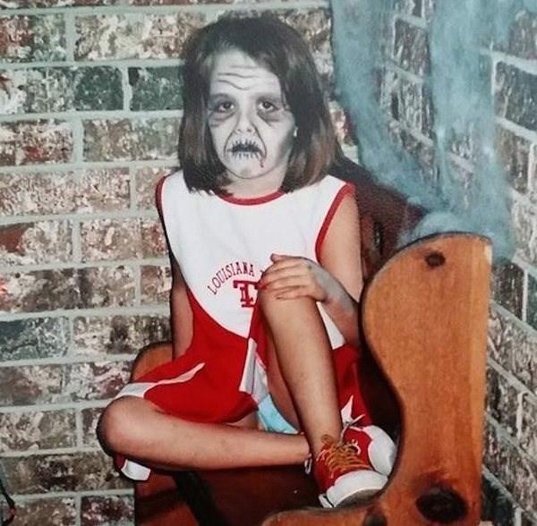 девочка с отпугивающим макияжем