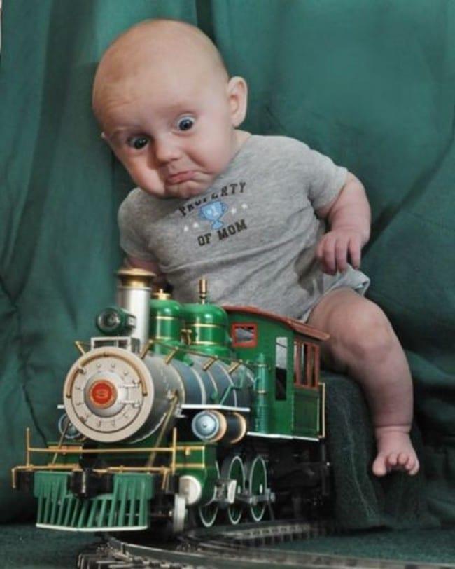 малыш и паровоз