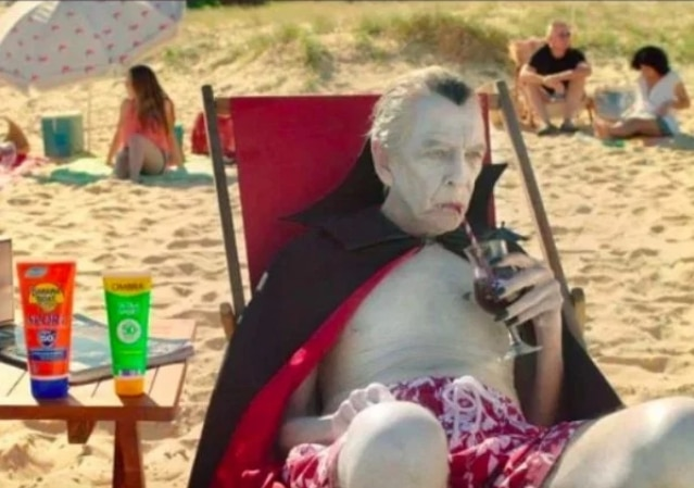 вампир на пляже