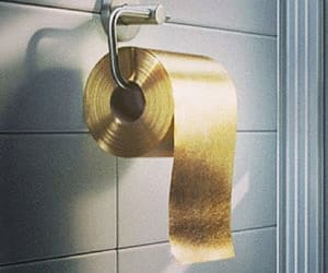 дорогая туалетная бумага из золота