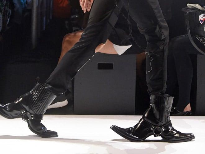 ковбойские сапоги с двумя носками