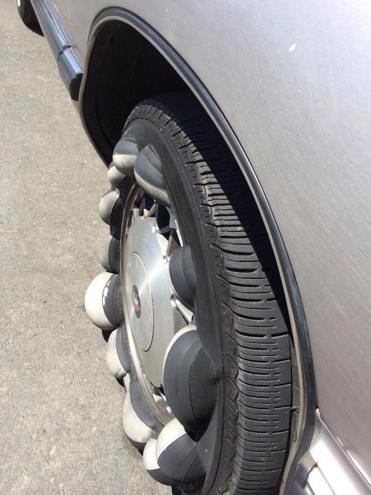 вздутая шина авто