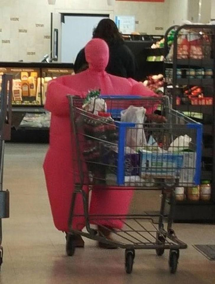 розовый дутый костюм