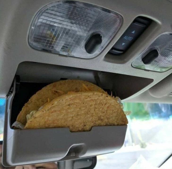 тако на полке в машине