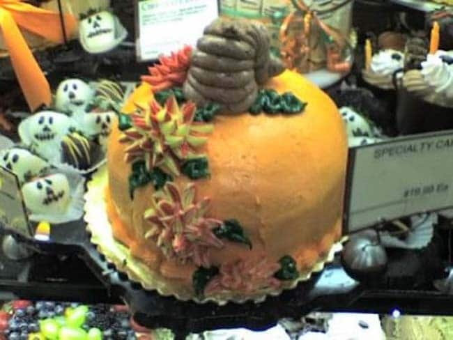 торт со странным дизайном