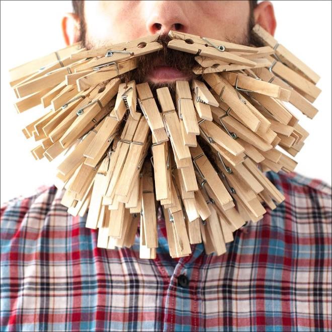 прищепки в бороде