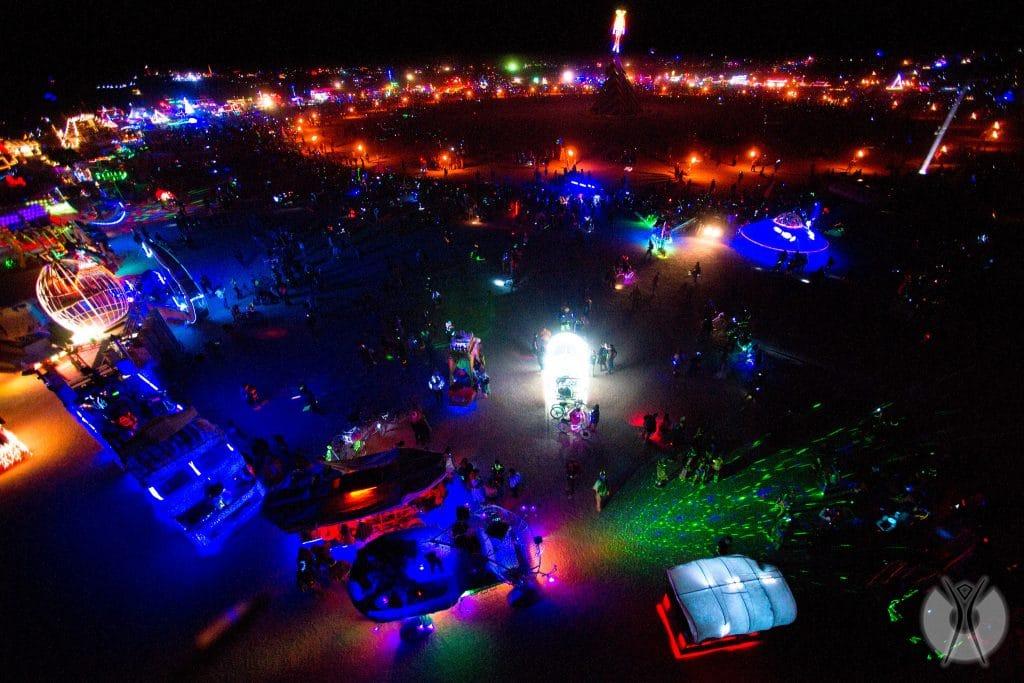 на центральной площади фестиваля Burning Man