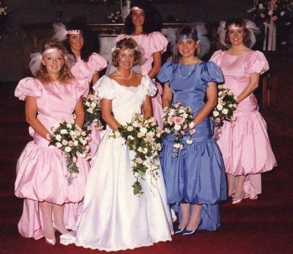 подружки невесты в розовых платьях