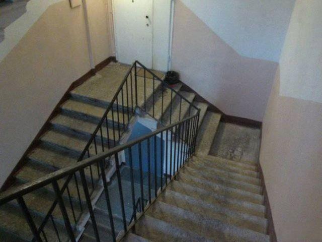 странная лестница в доме