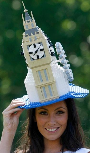 шляпа в форме биг бена