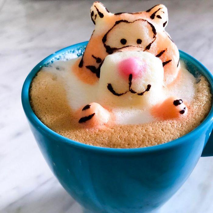кофе с рисунком тигра