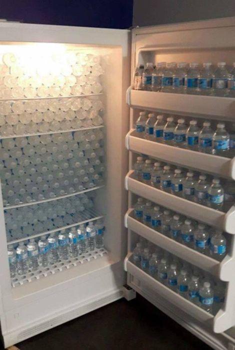 холодильник с водой