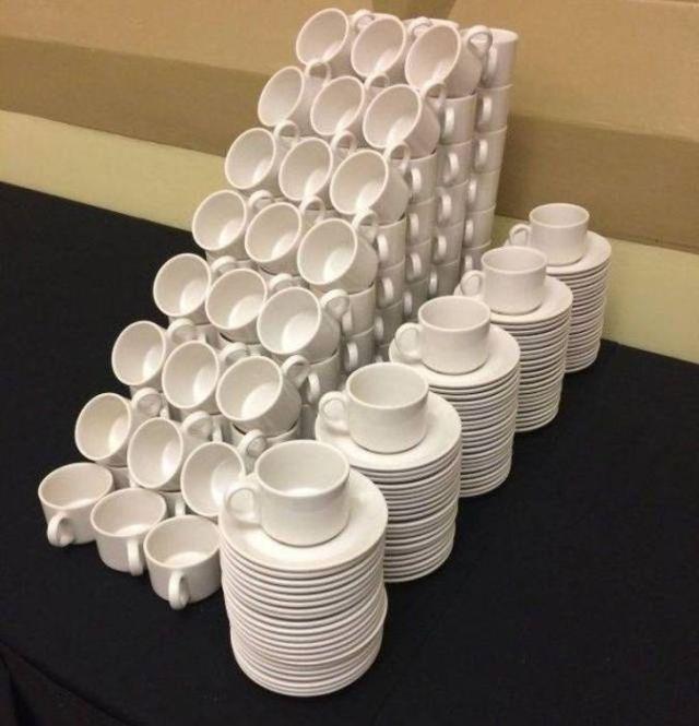 чашки и тарелки