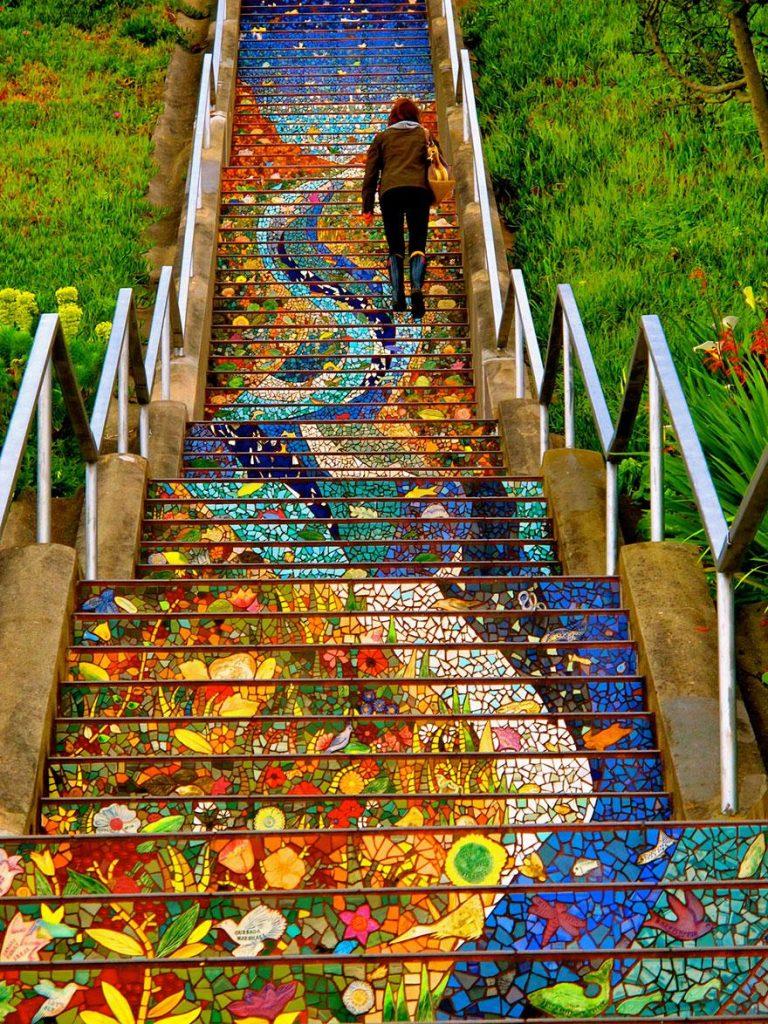 цветная лестница в сан-франциско