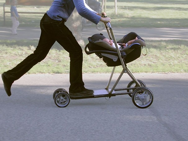 два в одном: коляска и самокат