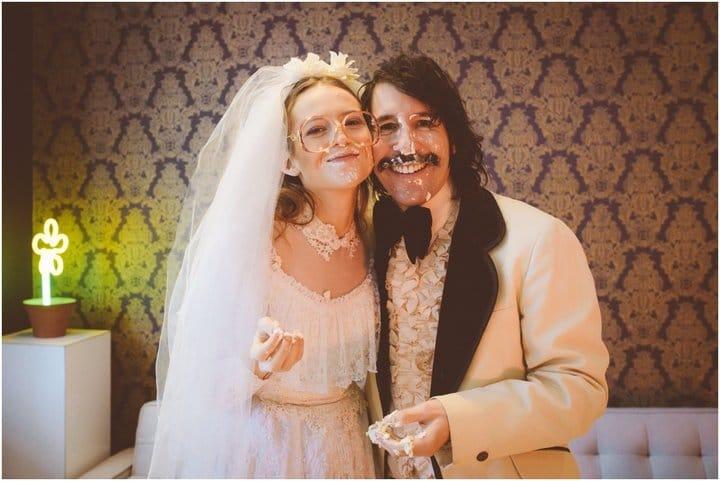 Эрин и Стив с тортом
