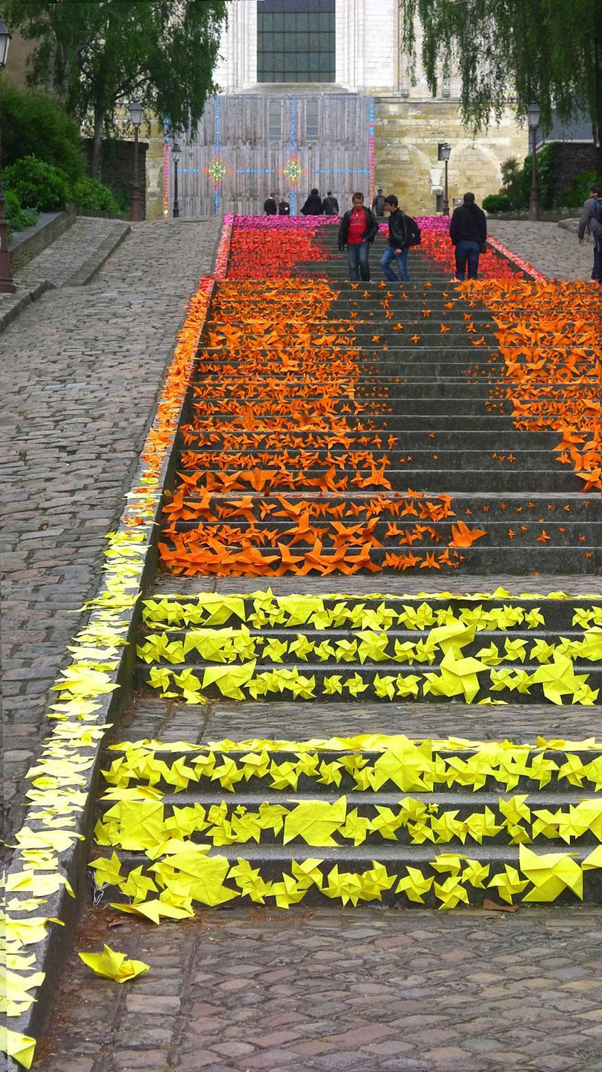 разноцветная лестница