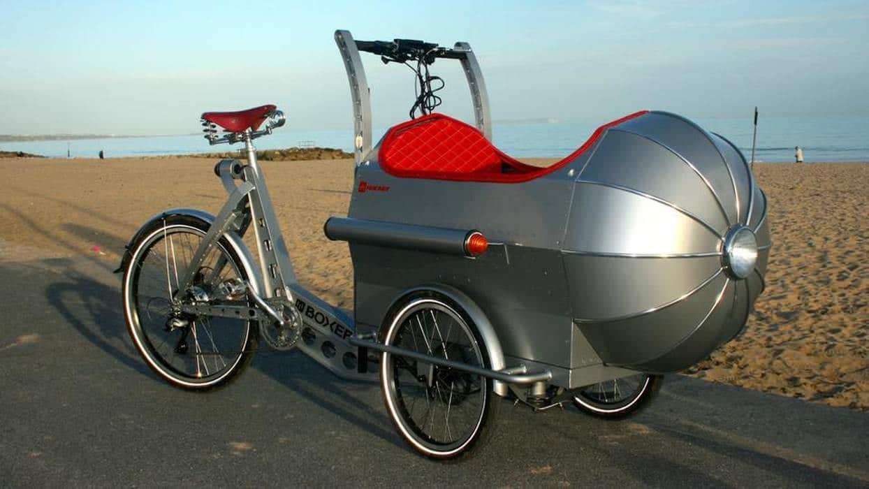 велосипед на трех колесах