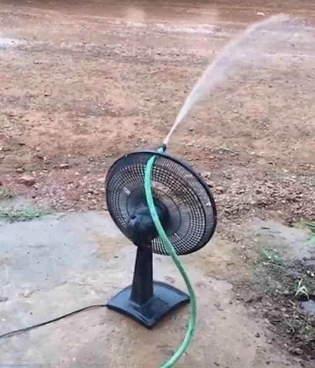 вентилятор со шлангом с водой