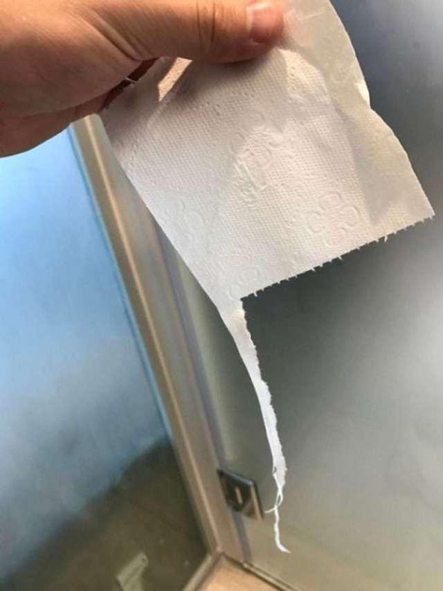 лист туалетной бумаги