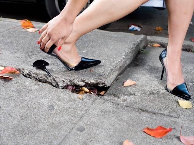 сломанный каблук