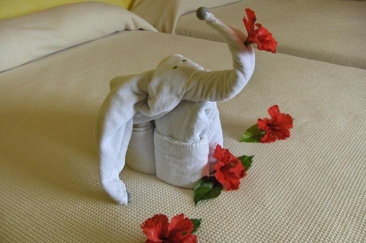 фигурка из полотенец