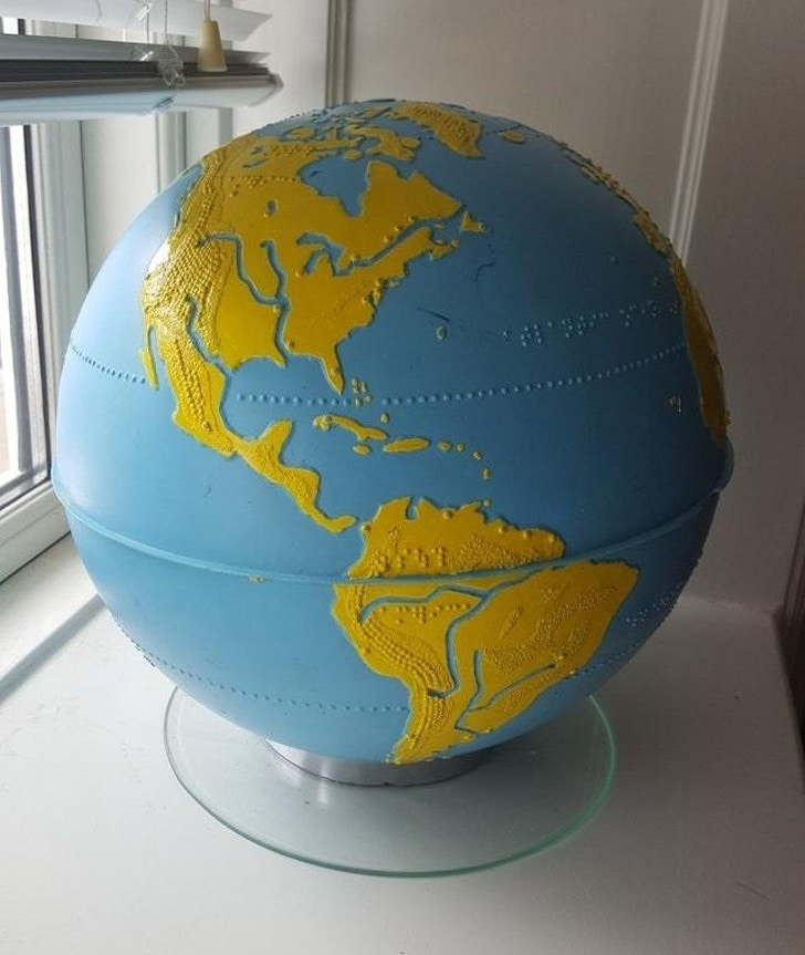 глобус для слепых